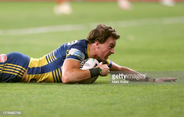 Clinton Gutherson of the Eels scores a try during the NRL Semi Final match between the Parramatta Eels and the South Sydney Rabbitohs at Bankwest...