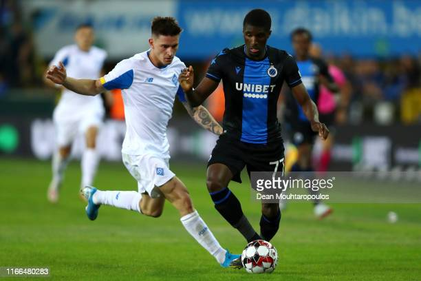 Clinton Mata of Club Brugge KV battles for the ball with Benjamin Verbic of Football Club Dynamo Kyiv during the UEFA Champions League, Third...