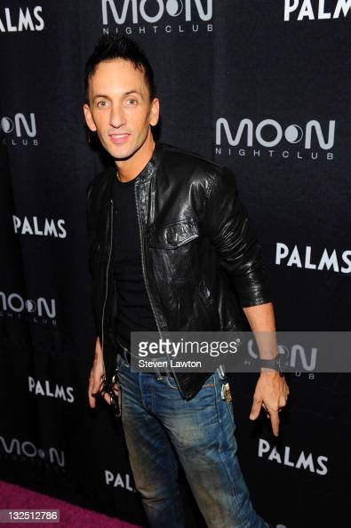 Dj Clinton Sparks Arrives For Awesome Party At Moon Nightclub At