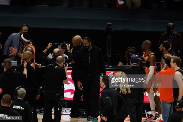 Clippers forward Kawhi Leonard leavs the floor after game 6 of the NBA Western Conference Final between the Phoenix Suns and the Los Angeles Clippers...