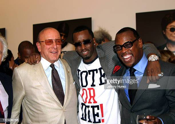 Clive Davis Sean PDiddy Combs and Andre Harrell