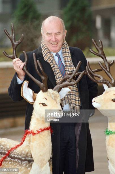 Clive James pictured at the BBC during Christmas time 6th December 1990