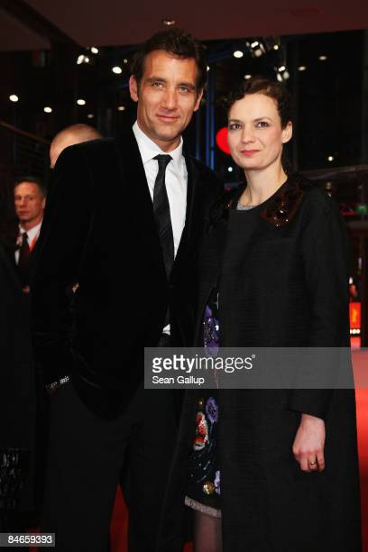 Clive Owen and his wife SarahJane Fenton attend the premiere for 'The International' as part of the 59th Berlin Film Festival at the Berlinale Palast...