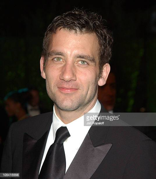 Clive Owen during 2005 Vanity Fair Oscar Party at Mortons in Los Angeles California United States