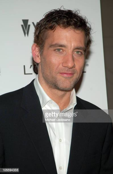 Clive Owen during 'Derailed' New York City Premiere Presented by L'Oreal and ELLE Magazine at Loews Theatre Lincoln Square in New York City New York...