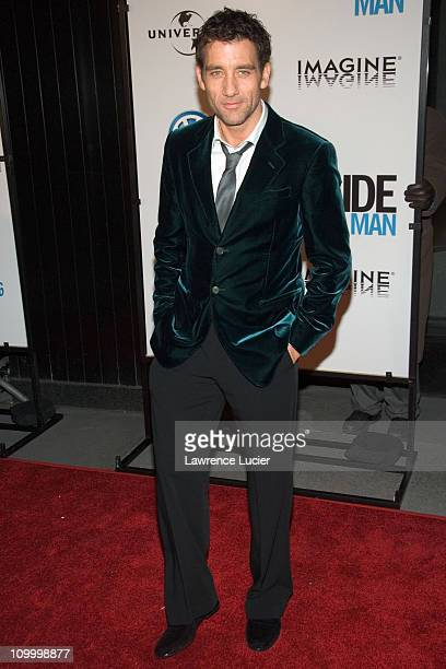 Clive Owen during Inside Man New York City Premiere at Ziegfield Theater in New York City New York United States