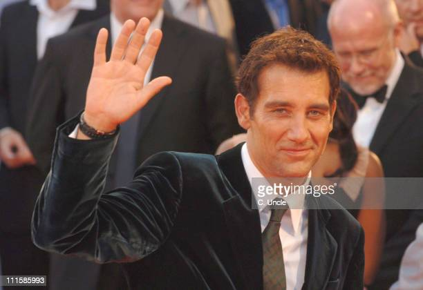 Clive Owen during The 63rd International Venice Film Festival 'Children of Men' Premiere Arrivals at Palazzo del Cinema in Venice Italy