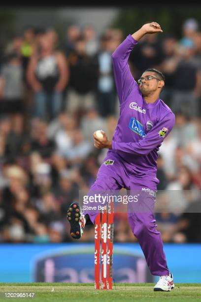 Clive Rose of the Hurricanes bowls during the Big Bash League eliminator finals match between the Hobart Hurricanes and the Sydney Thunder at...