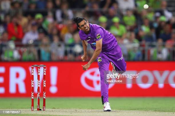 Clive Rose of the Hurricanes bowls during the Big Bash League match between the Sydney Thunder and the Hobart Hurricanes at Sydney Showground Stadium...