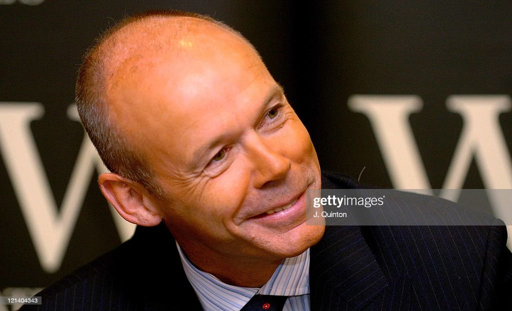 "Sir Clive Woodward Signs Copies of His Autobiography ""Winning"""