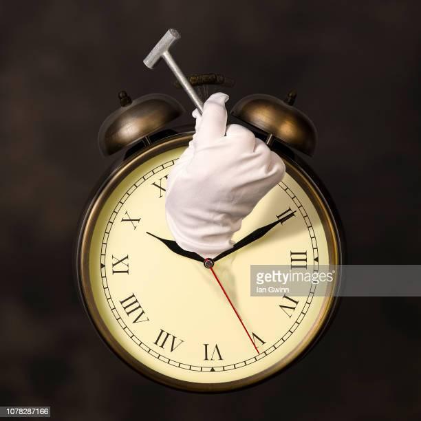 clock and hammer - ian gwinn stockfoto's en -beelden