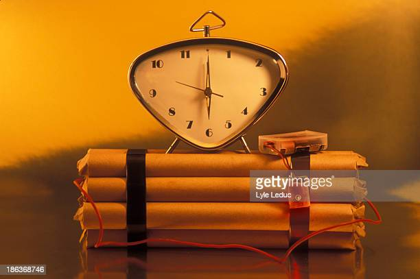 clock bomb - time bomb stock photos and pictures