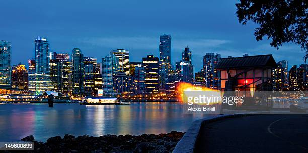 9 o'clock gun, vancouver - stanley park vancouver canada stock photos and pictures