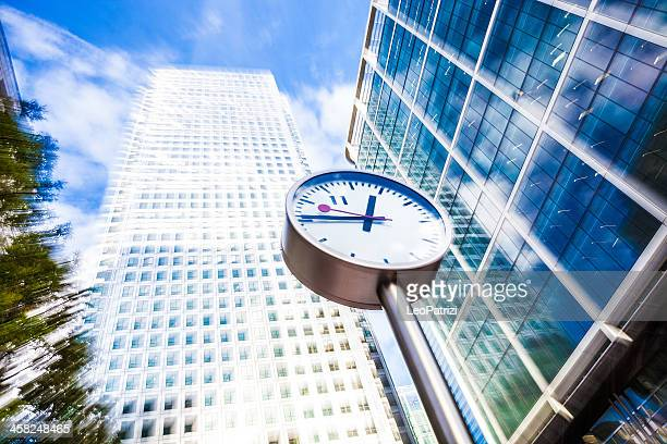 Clock in Canary Wharf