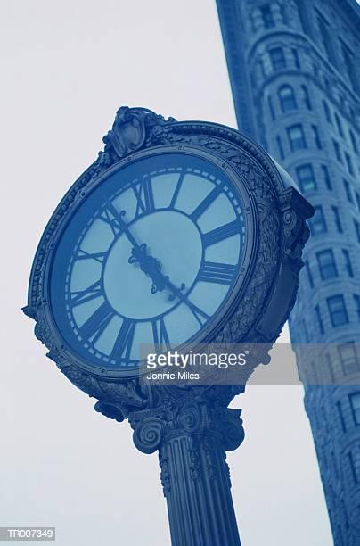 Clock on Fifth Avenue