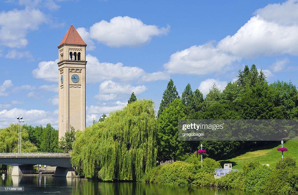 Torre de reloj en el parque Riverfront en Spokane, WA : Foto de stock