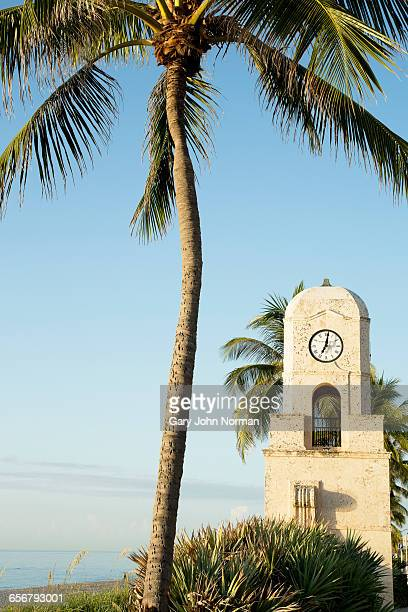 clock tower at worth avenue, palm beach, - clock tower stock pictures, royalty-free photos & images