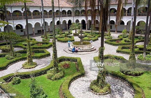 Cloître de San Francisco à Quito, en Équateur