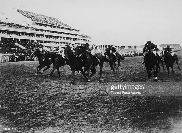 Close finish to the 1913 Derby held at Epsom, Surrey, June 1913. The eventual winner was third from left, Aboyeur with Edwin Piper up.