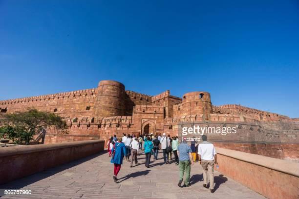 レッド フォート、アグラの伝統的なイスラム建築の細部をよく見て。 - アーグラ ストックフォトと画像