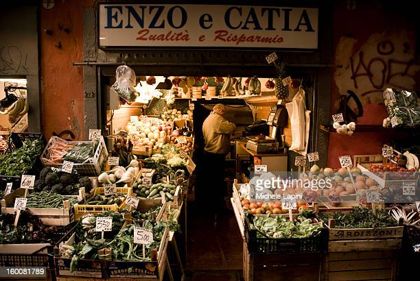 CONTENT] Close to Piazza Maggiore there is an old market in Pescherie Vecchie street a traditional area of Bologna where the time is stopped