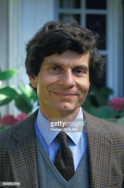 Close up Guy Sorman écrivain et journaliste le 26 août 1987 en France