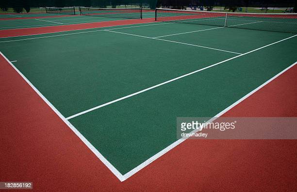 Close up image of a tennis court