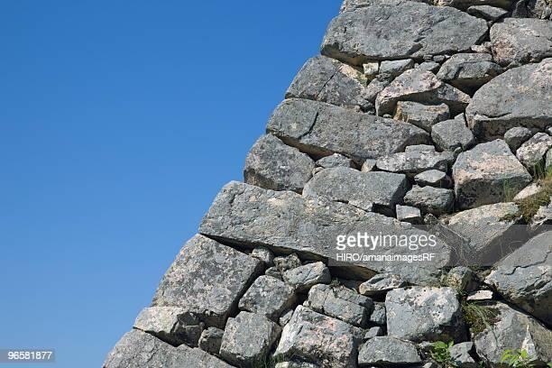 close up image of stonewall - 石垣 ストックフォトと画像