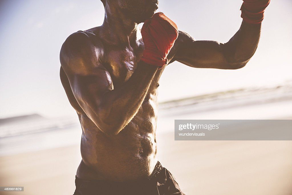 Nahaufnahme von einem männlichen Körper fit : Stock-Foto