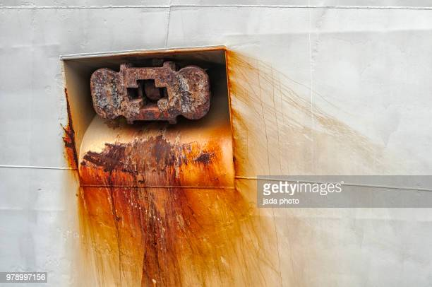 close up of a rusted anchor of a ship - rust colored stock pictures, royalty-free photos & images
