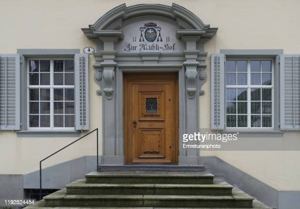 close up of an old doors with steps in front,lucerne. - emreturanphoto stock pictures, royalty-free photos & images
