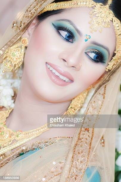 Close up of Bangladesh bride