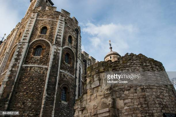 close up of buildings inside the tower of london - tower of london stock pictures, royalty-free photos & images