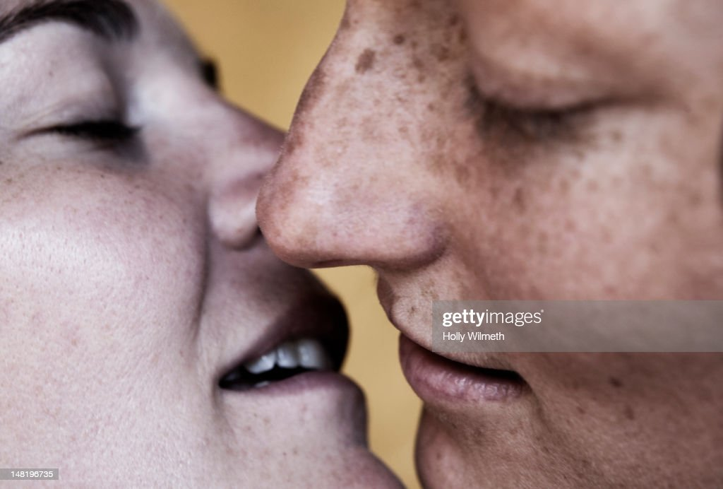 Lesbian Close Up Kissing