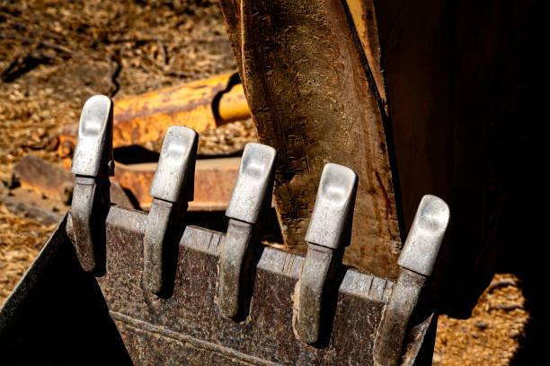 excavator bucket teeth