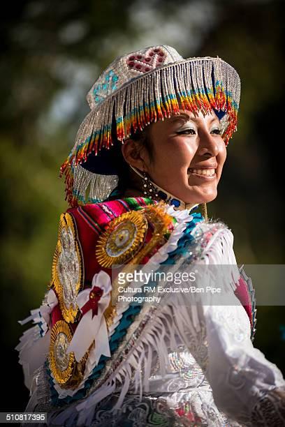 close up of female dancer in traditional costume, fiesta de la virgen de la candelaria, copacabana, lake titicaca, bolivia, south america - fiesta de la virgen de la candelaria fotografías e imágenes de stock