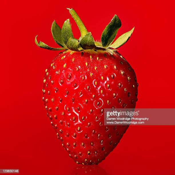 close up of fresh strawberry - strawberry stock pictures, royalty-free photos & images