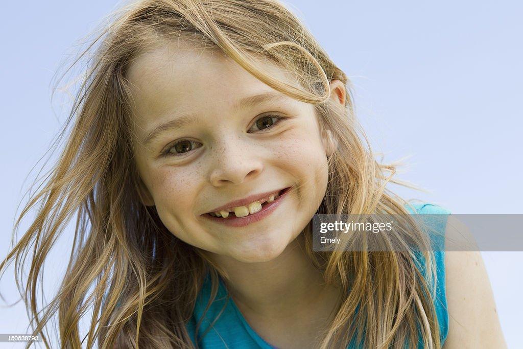 Nahaufnahme von Lächelndes Mädchen Gesicht : Stock-Foto