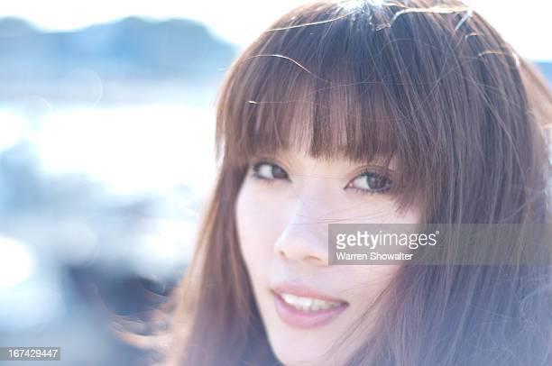 close up of japanese woman - 前髪 ストックフォトと画像