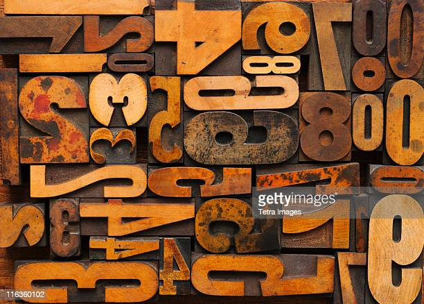 close up of letterpress with numbers - font stock pictures, royalty-free photos & images