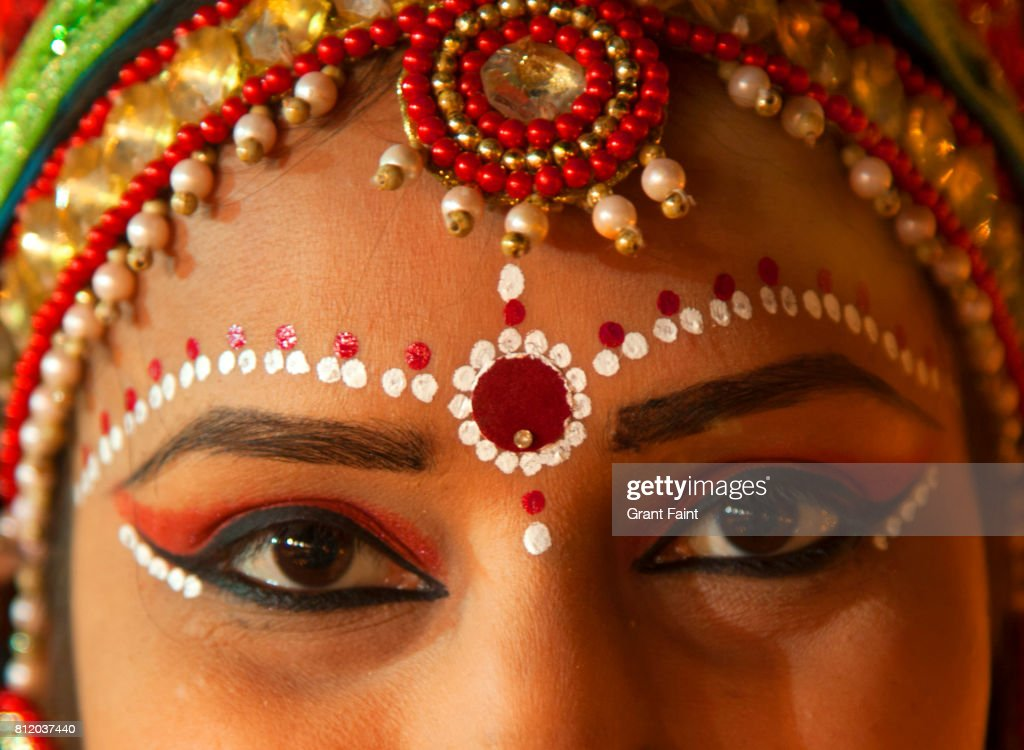 Close up of lovely Hindu lady. : Stock Photo