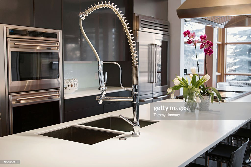 Close up of modern kitchen sink : ストックフォト