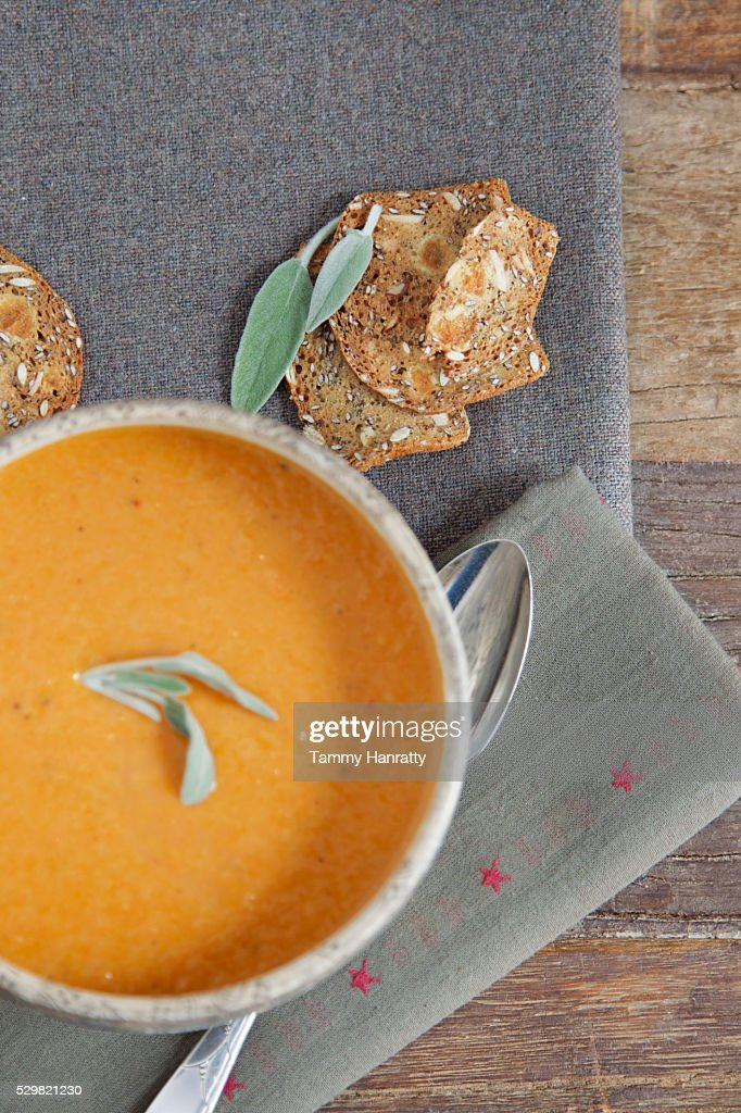 Close up of soup and herbs : Stockfoto