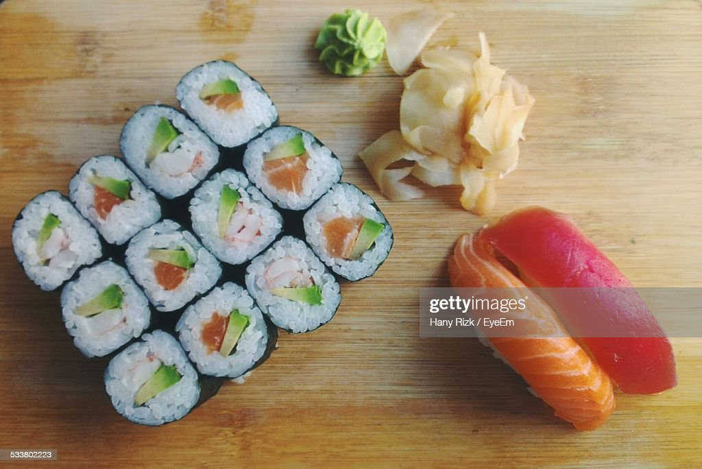 Close Up Of Sushi On Cutting Board : Foto stock