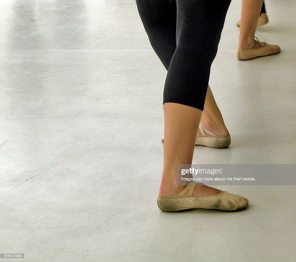 Close up of the feet of rehearsing ballerinas. : Stock Photo