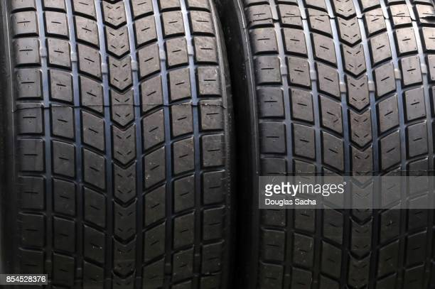 close up of the treads on a tire - ゴム ストックフォトと画像