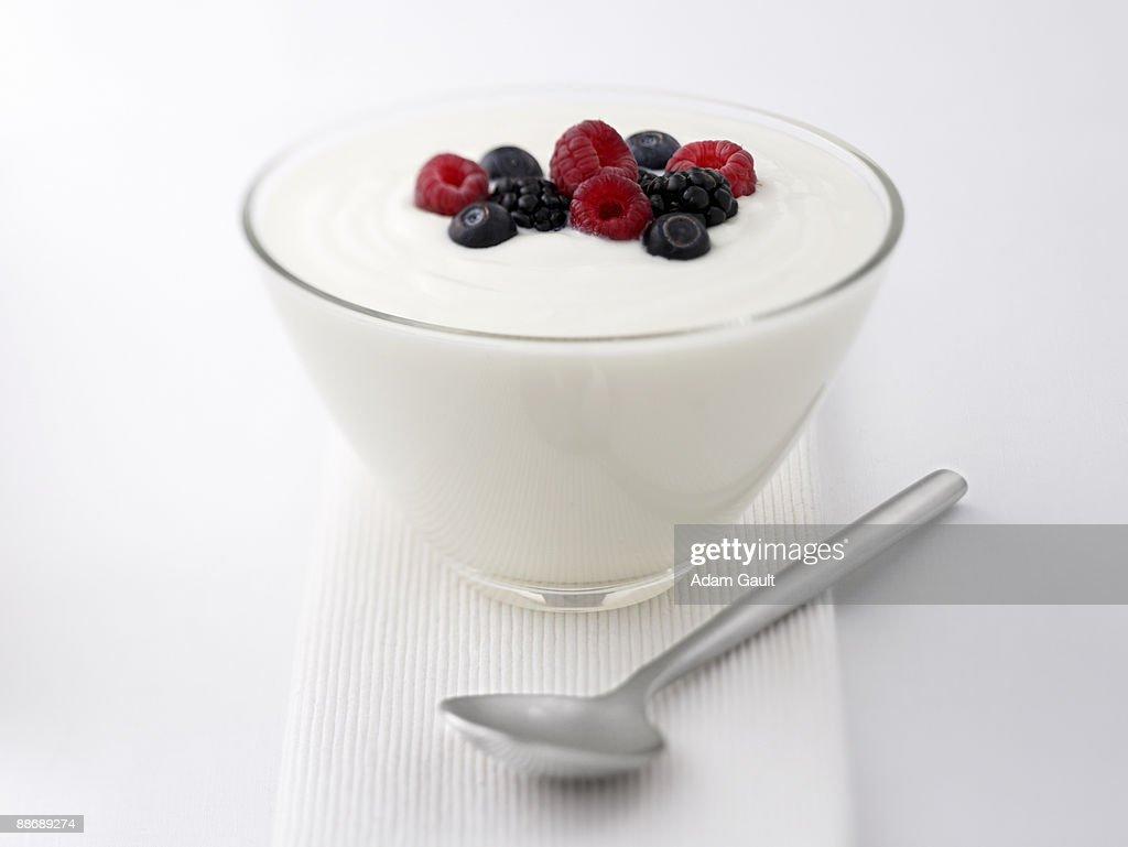 Close up of  yogurt and fruit : Stock Photo