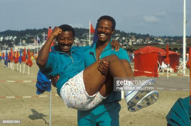 Close up Robert Townsend et Keenen Ivory Wayans acteurs et réalisateurs au Festival du cinéma américain en septembre 1987 à Deauville France