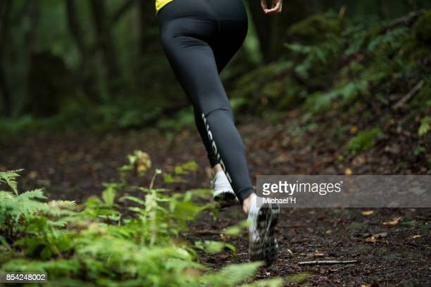 close up trail runner - reality fernsehen stock pictures, royalty-free photos & images