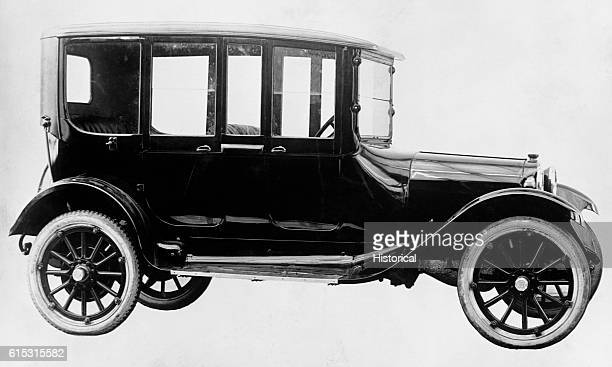 A closed 5passenger car manufactured by Dodge Brothers of Detroit Michigan in 1918